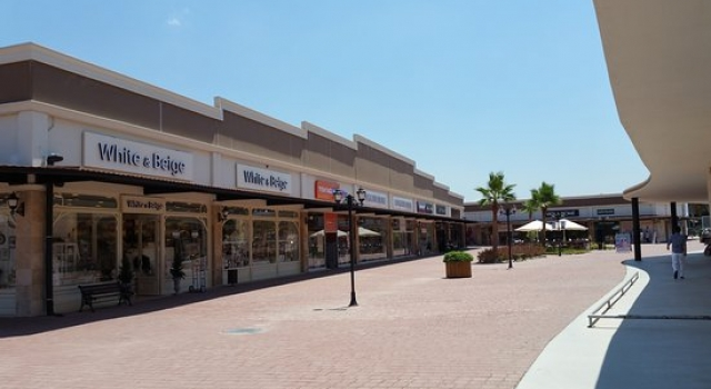 Shopping Centre in Kusadasi